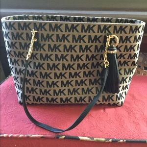 Michael Kors Black Tan Signature Print Handbag